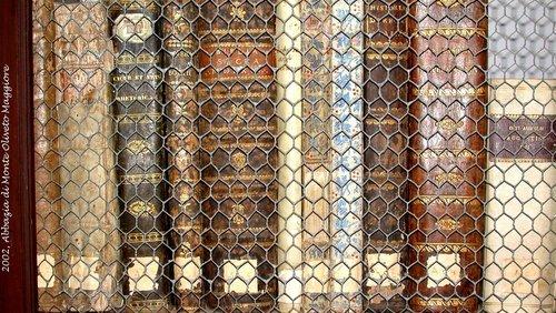 libri antichi a monte oliveto